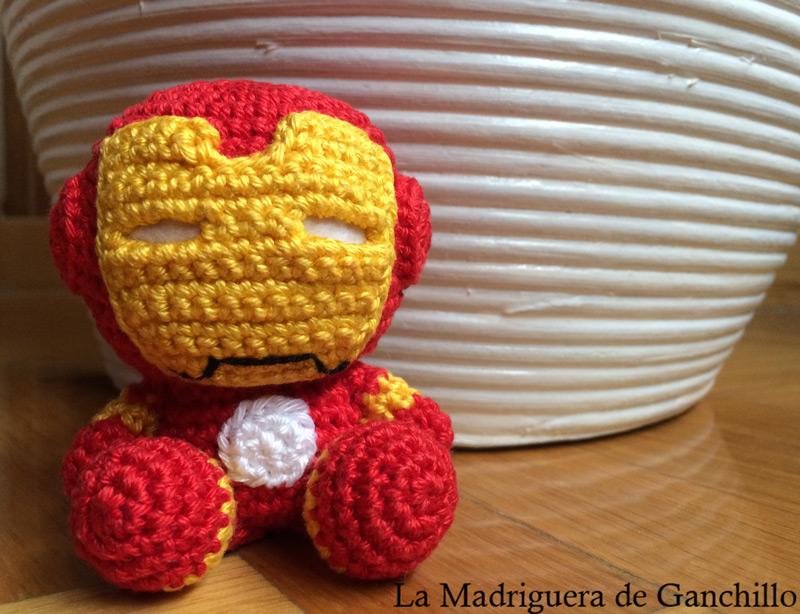 Ravelry: Iron Man Amigurumi pattern by Clare Heesh | 614x800